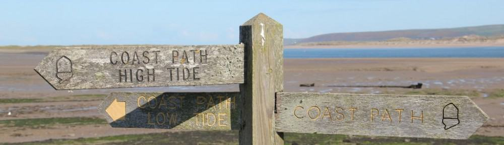 High Tide, Low Tide sign
