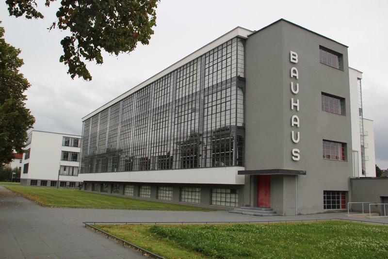 Very elegant Bauhaus