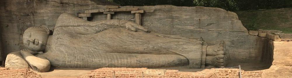 Tourist day in Polonnaruwa LifeDay 25,401